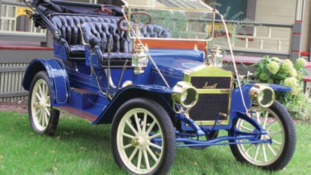 1910 Maxwell Q-2 Surrey