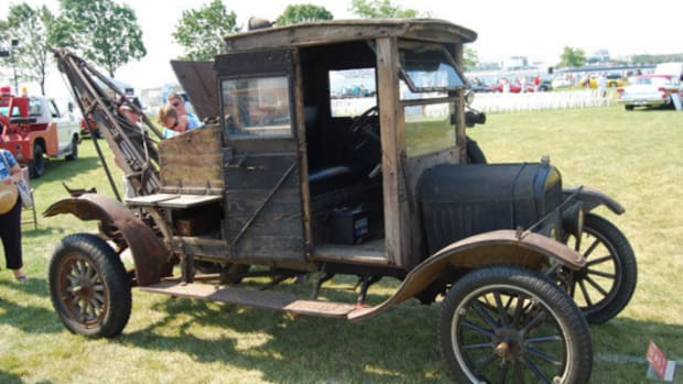 1922 Ford Model T Ford Tow Truck