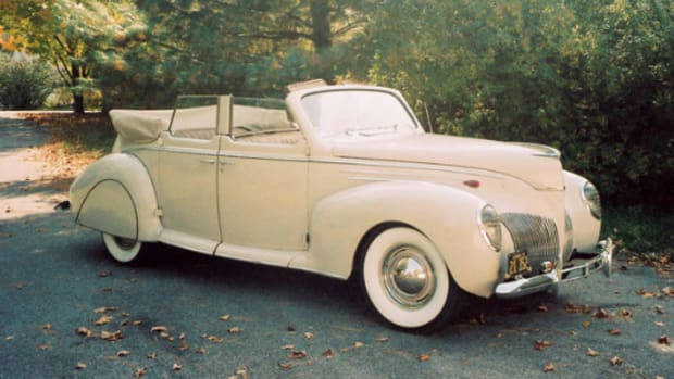 1939 Lincoln-Zephyr