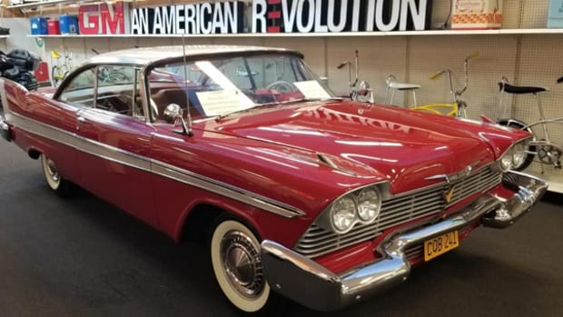 1958-plymouth-fury-christine-movie-car (1)