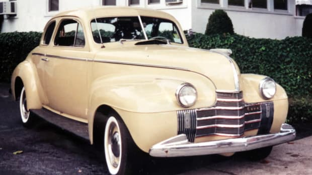1940 Oldsmobile Model 60 Club Coupe