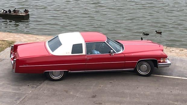 1974 Cadillac coupe deVille De Elegance