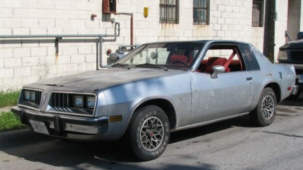 The 1978 Pontiac Sunbird Special, a styling exercise displayed at the 1978 Chicago Auto Show, as recently discovered on a Duluth, Minn., street.