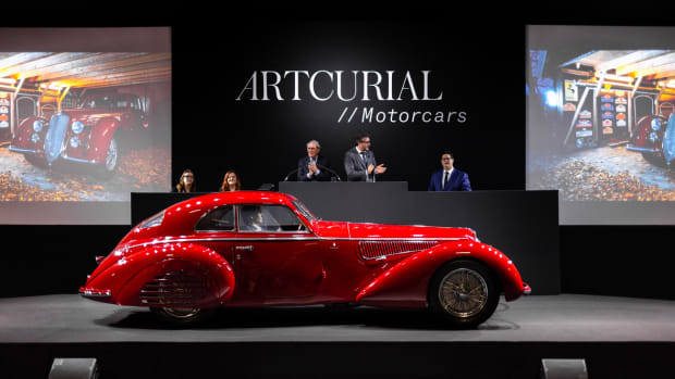 1939 Alfa Roméo 8C 2900 B Touring Berlinetta. Photo - Kevin Van Campenhout for Artcurial