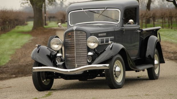 1935 Reo Speed Wagon