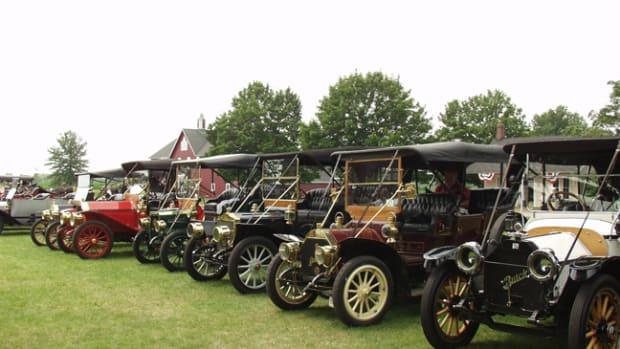 Brass era cars - Photo Gilmore Car Museum
