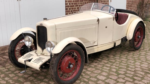 Unrestored 1930 G.A.R. Type B5 Roadster - front 3q