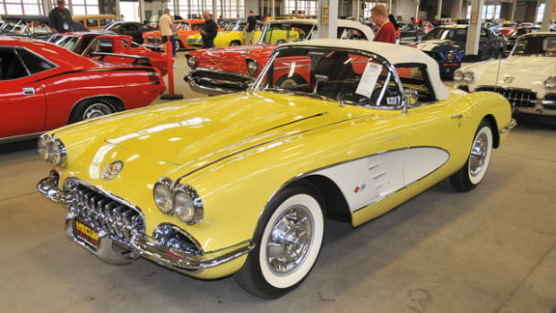 The eight-car group of 1958 Corvettes brought a total of $1,170,000 at the Mecum Indy sale. The top seller came in Panama Yellow ($160,000).