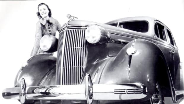 1937 Nash.jpg