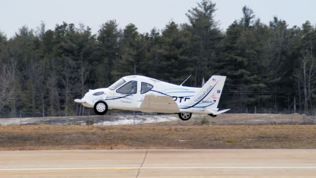 2009 The Transition Roadable Aircraft (Photo courtesy of Terrafugia)