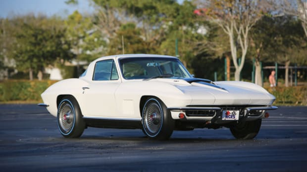 67-Chevrolet-Corvette-Coupe-427-435
