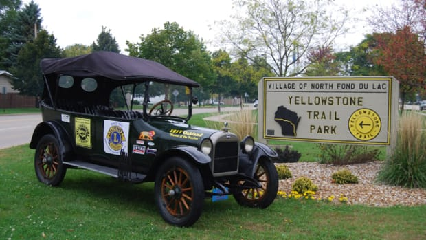 The Yellowstone Trail in the village of North Fond du Lac
