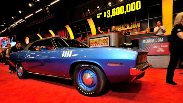 1971 Plymouth Hemi 'Cuda Convertible (Lot S95) Photo by David Newhardt, Courtesy of Mecum Auctions