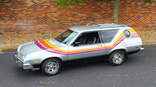 1977 Ford Pinto Cruising