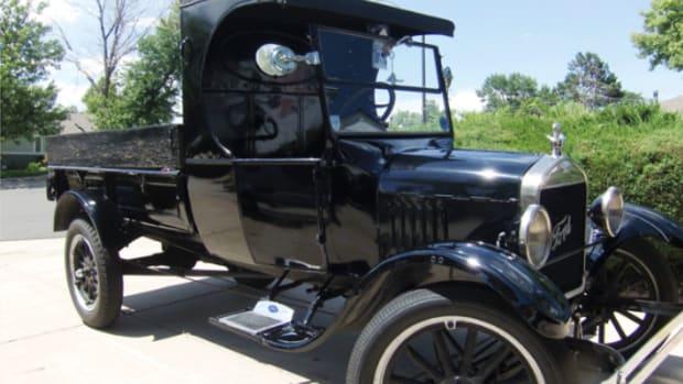 1924 Ford TT pickup