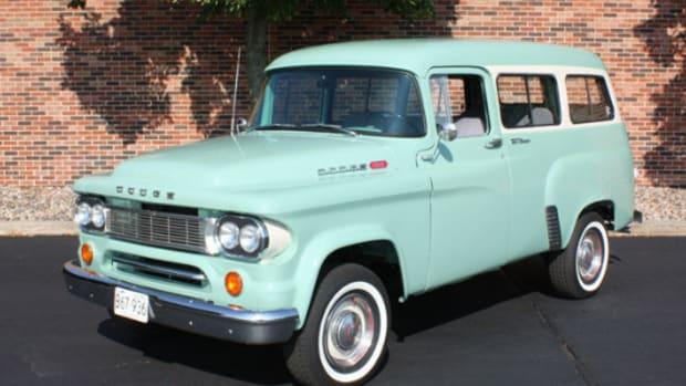 1965 Dodge Town Wagon