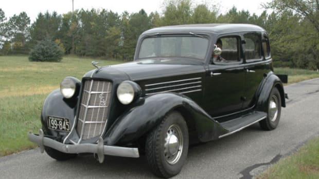 1935 Auburn Custom Six