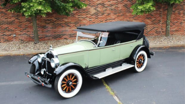 1925 Buick Master Six sport touring