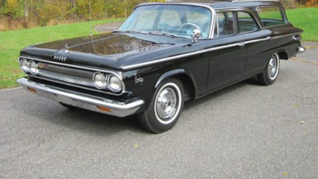 1963 Dodge 880 station wagon