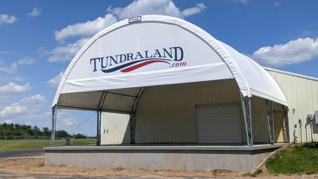 Tundraland awning
