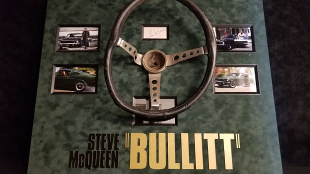 Bullitt steering wheel