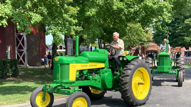 Tractor Show Gilmore Parade