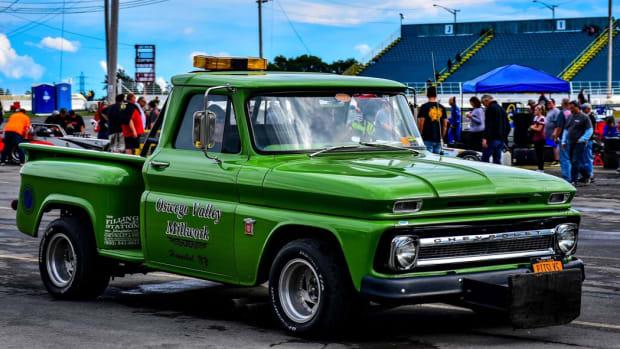 1964 Chevrolet super modified push truck
