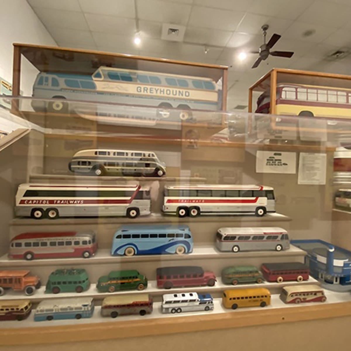 Aaca Museum Inc Museum Of Bus Transportation To Merge Old Cars Weekly