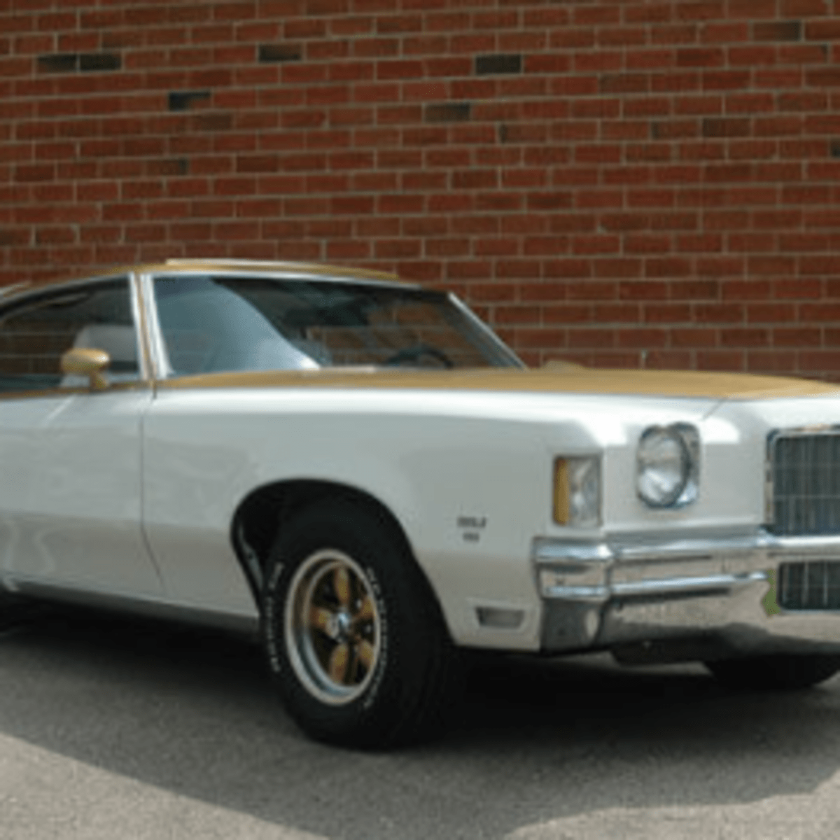 Car Of The Week 1972 Pontiac Grand Prix Ssj Old Cars Weekly