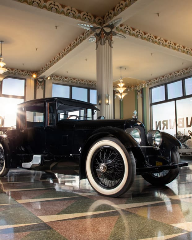 3_Duesenberg on display at ACD Museum_Casey Maxon_HVA