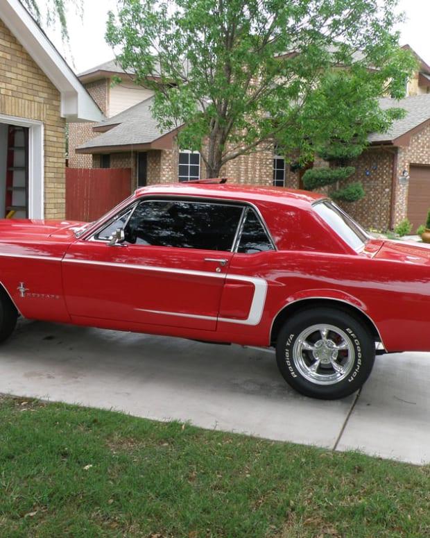Red-67-Mustang