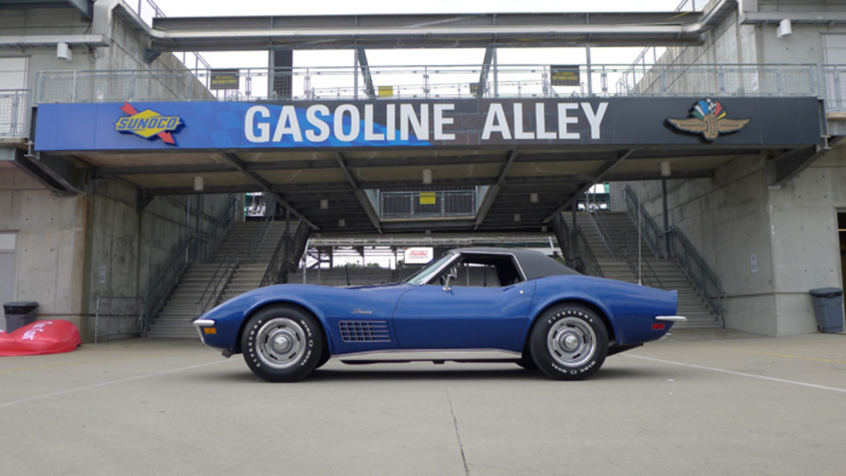 1972 Corvette -  STEVE AND WENDY BURNS