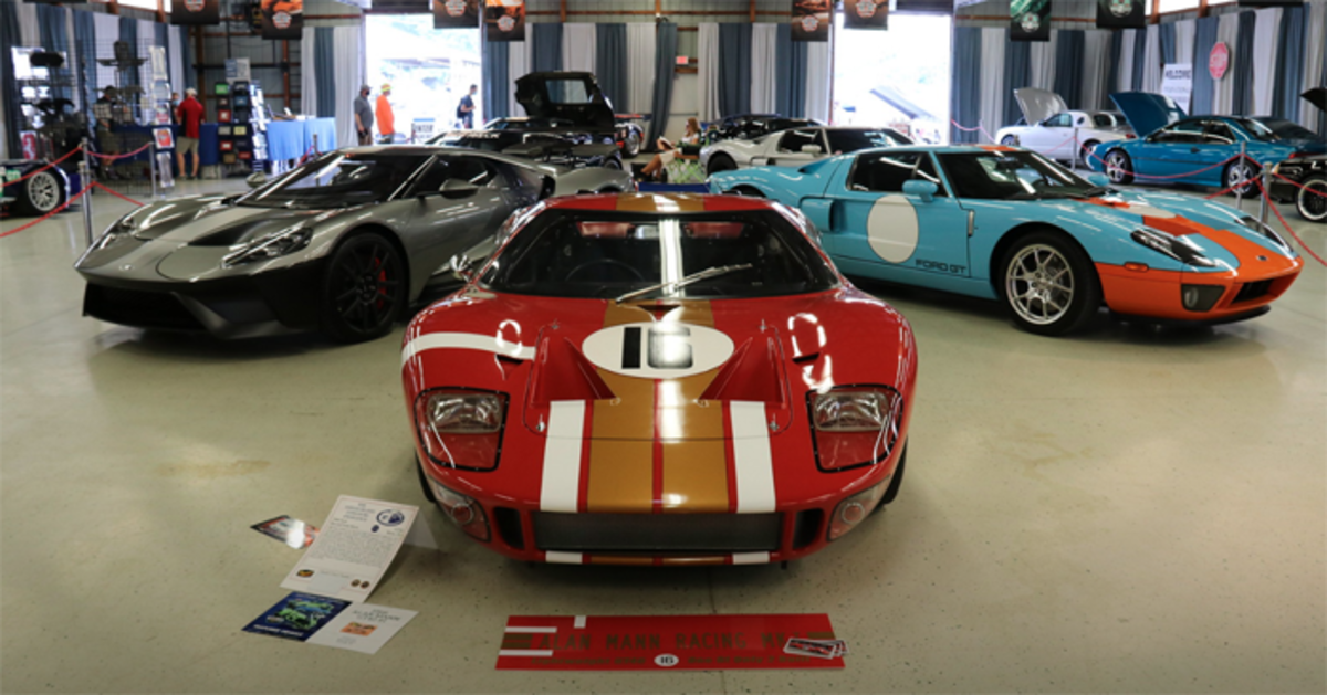 Ford GT display