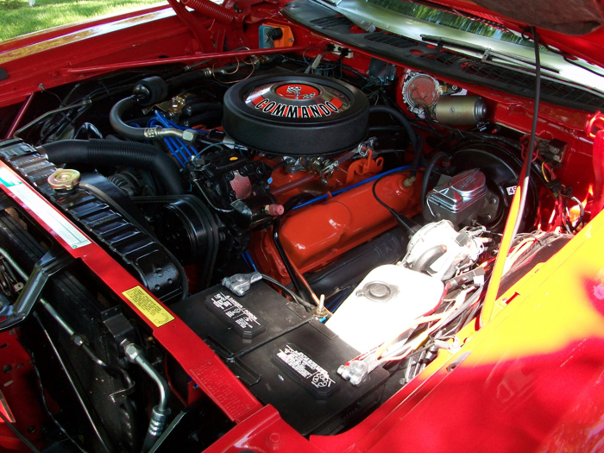 During 1972, the 440-cid V-8 was optional in the Fury. One of the few liberties that the owner took was in repainting the engine Hemi Orange instead of the original Chrysler Blue.