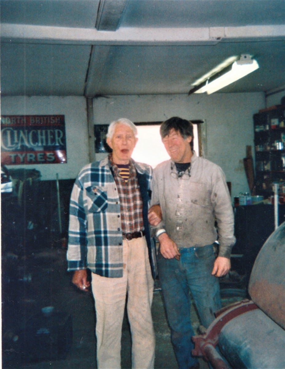 Jim Hoe (left) with longtime friend and fellow ACD Club member Bobby McGowan.