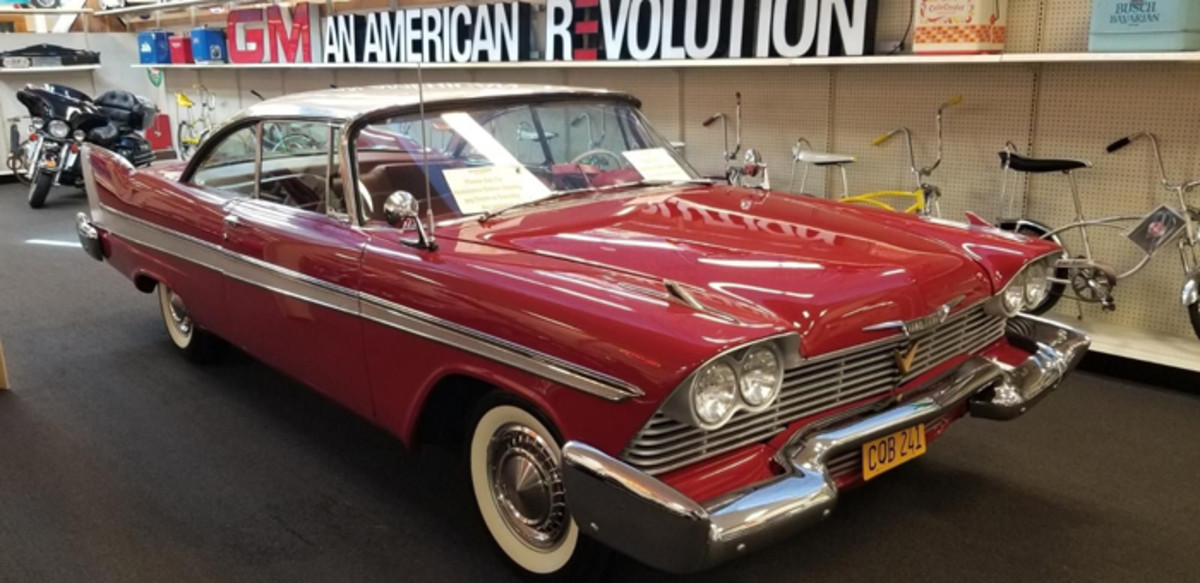 1958-plymouth-fury-christine-movie-car (1)