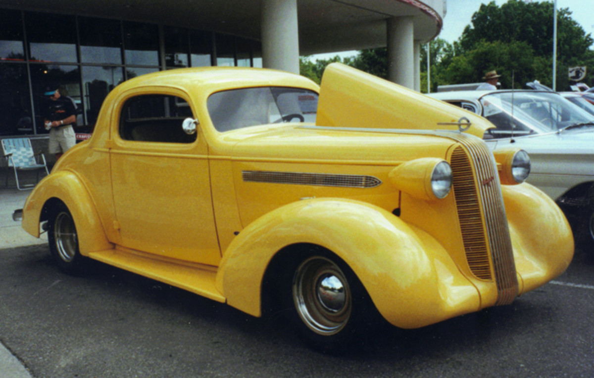 '36 coupe that showed up at POCI Badgerland Chapter meet.