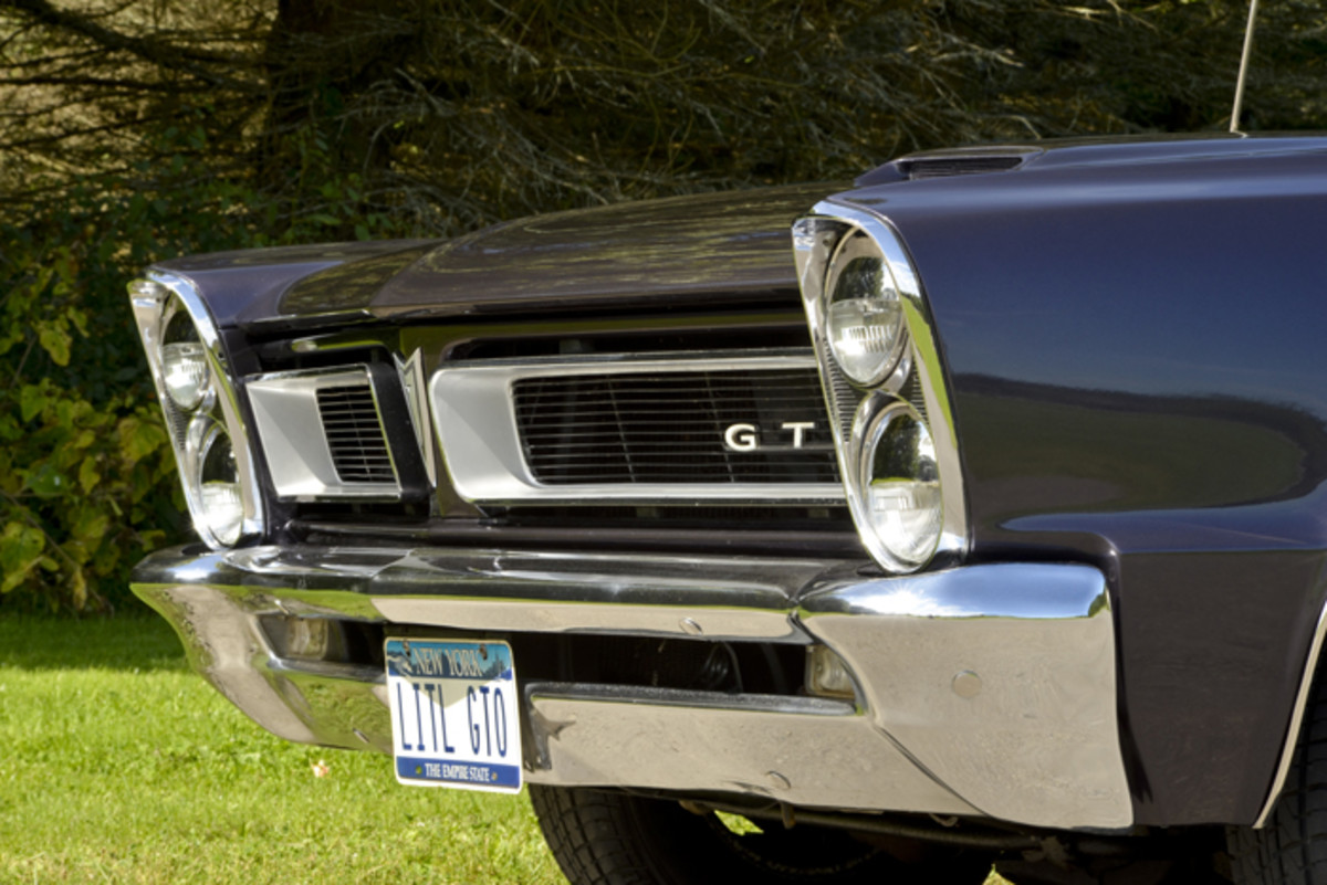 The first-year GTO of 1964 had its headlamps positioned side-by-side so stacked headlamps were new to the GTO when they appeared on '65s such as this one.