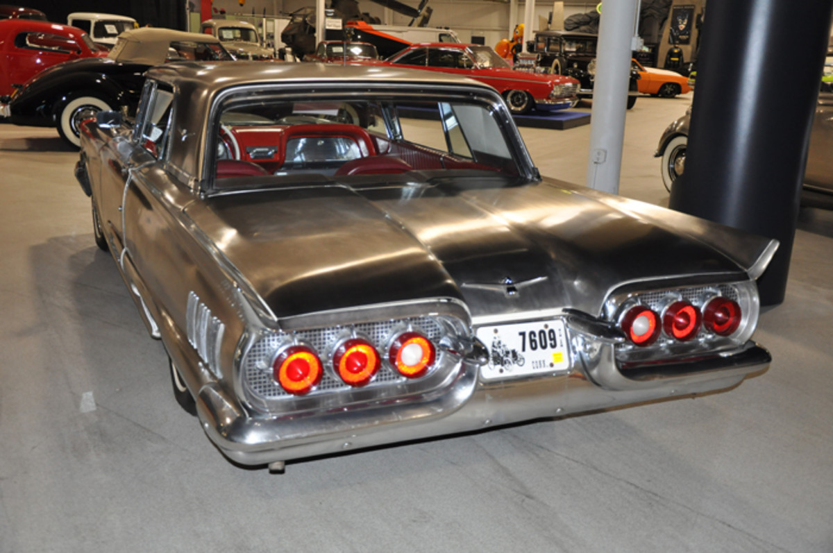 The rear view of the Allegheny-Ludlum Thunderbird immediately identifies it as a 1960 model with its unique taillamp arrangement.