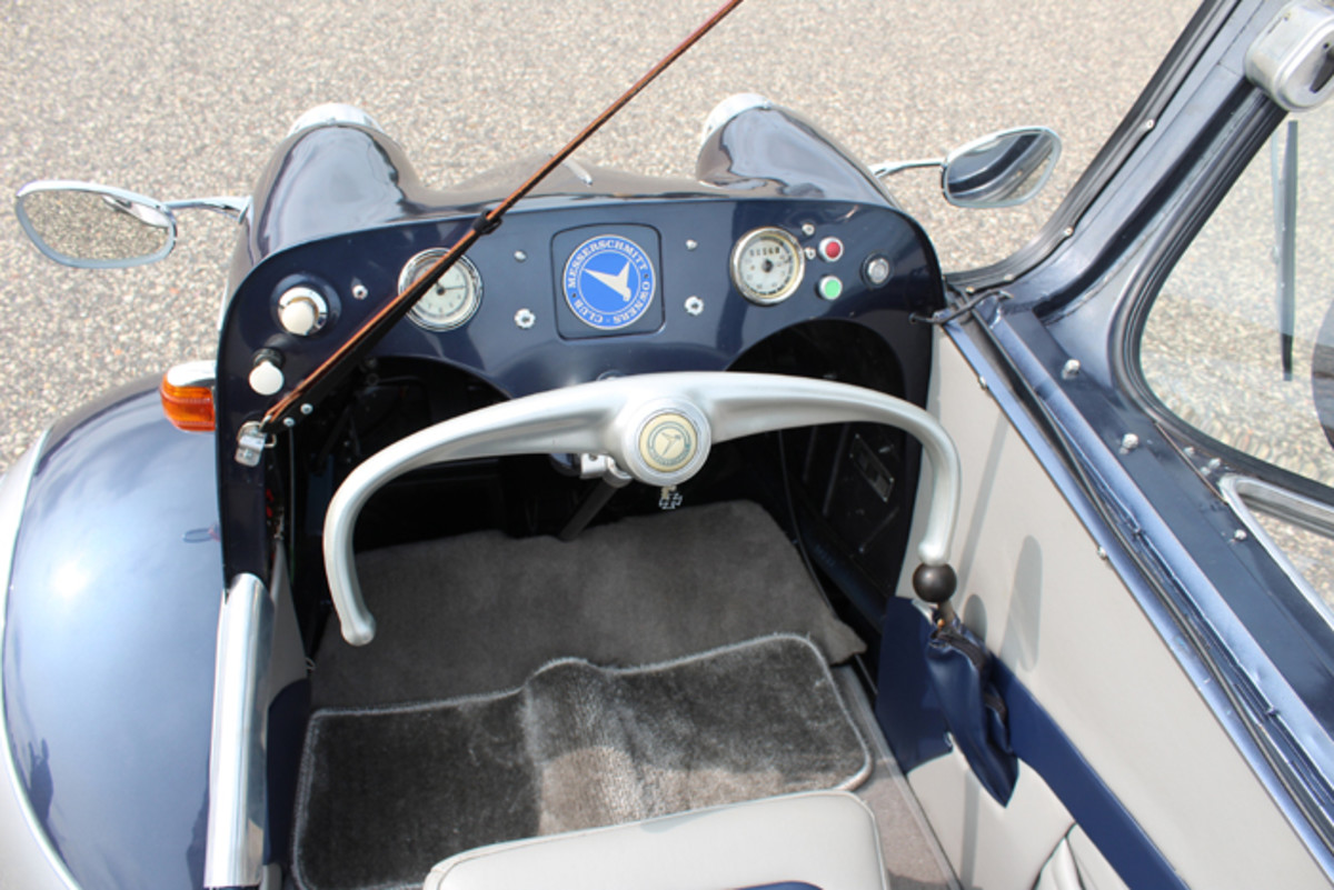 "The steering ""wheel"" looks like a yoke straight out of an airplane and was directly linked to the two front wheels, making for very responsive steering."
