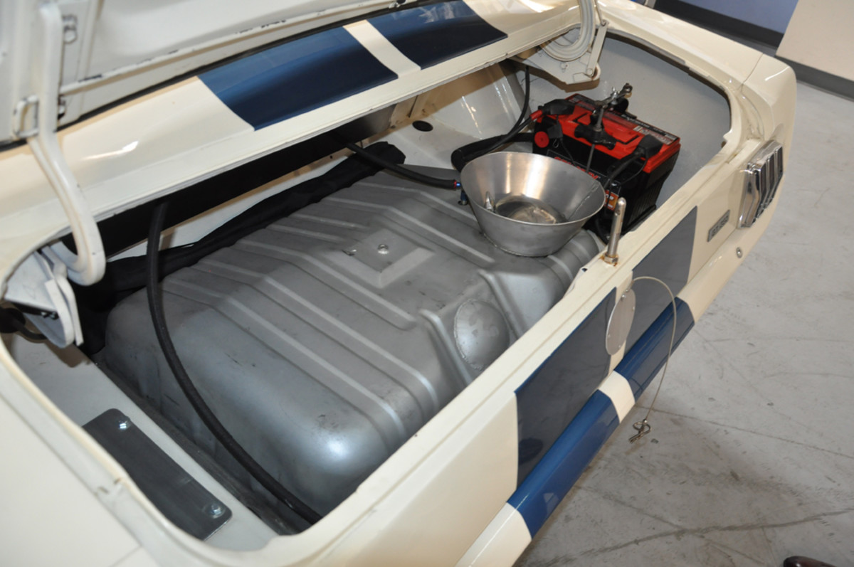 With the fuel tank and battery both relocated to the trunk, the OVC Shelby GT350 replicates the Competition versions campaigned by Shelby back in 1965.