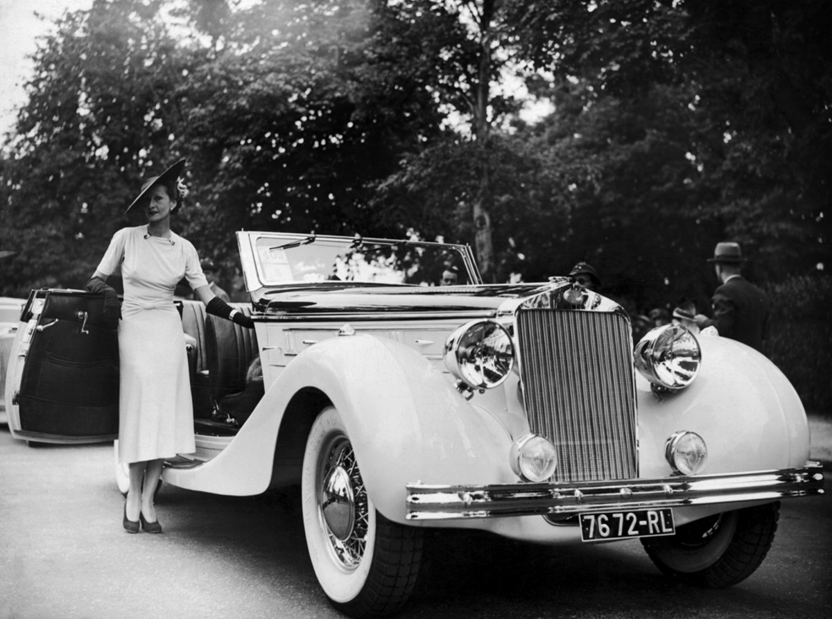 The wife of jeweler Louis Arpels was awarded the Honor Prize for her Delahaye drophead's elegance at a concours in Paris, France, during 1937.