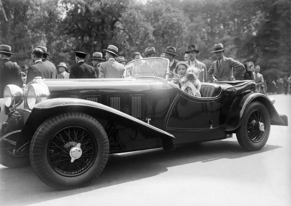 An unidentified automotive contestant at the concours d'elegance in le Bois de Boulogne, Paris, France, in 1931. Is it a Talbot roadster? An Alvis? Readers?