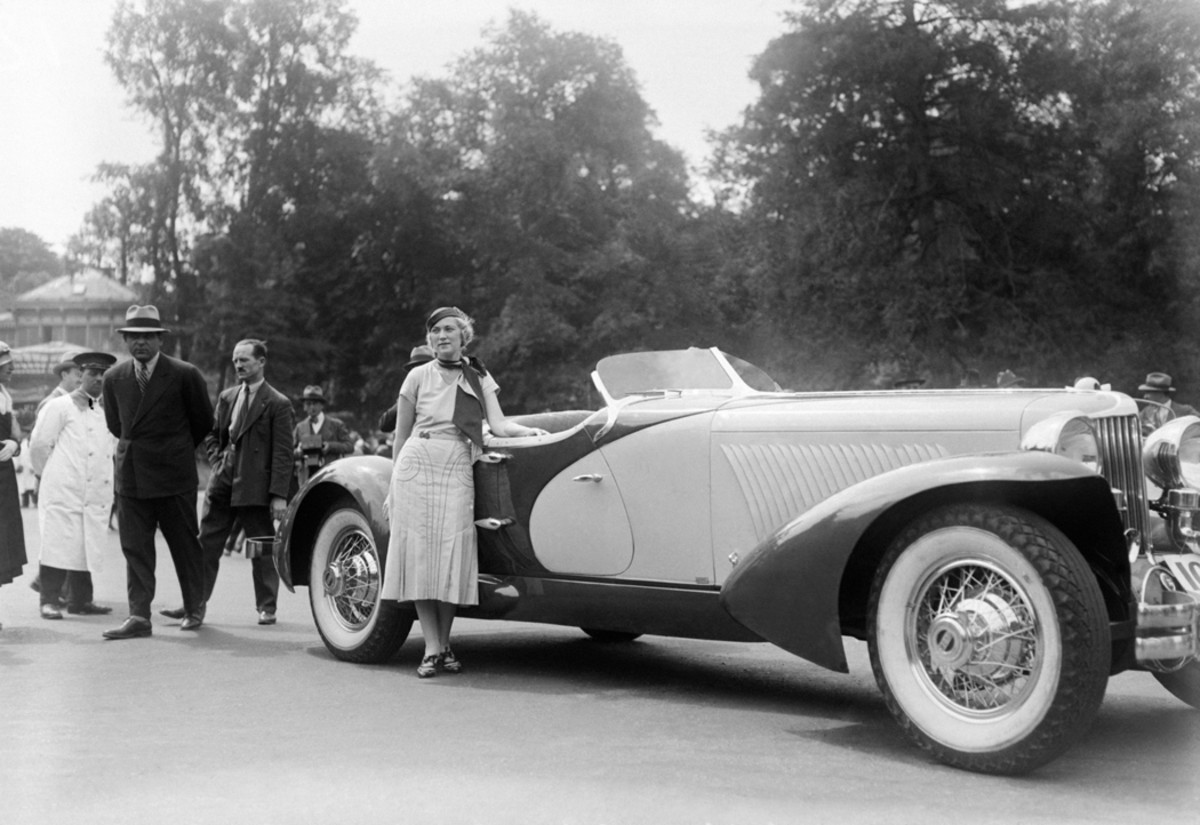 With standard factory coachwork, the new Front-Drive Cord was a stunner. With custom coachwork, especially speedster coachwork, it was a jaw-dropping winner. This spectacular one-off Cord with LaGrande speedster coachwork won a first prize at the concours d'élegance at Bois de Boulogne, Paris, in 1931. It was then never seen outside Europe again. However, at least two Cords have been restored with bodies replicating this original.