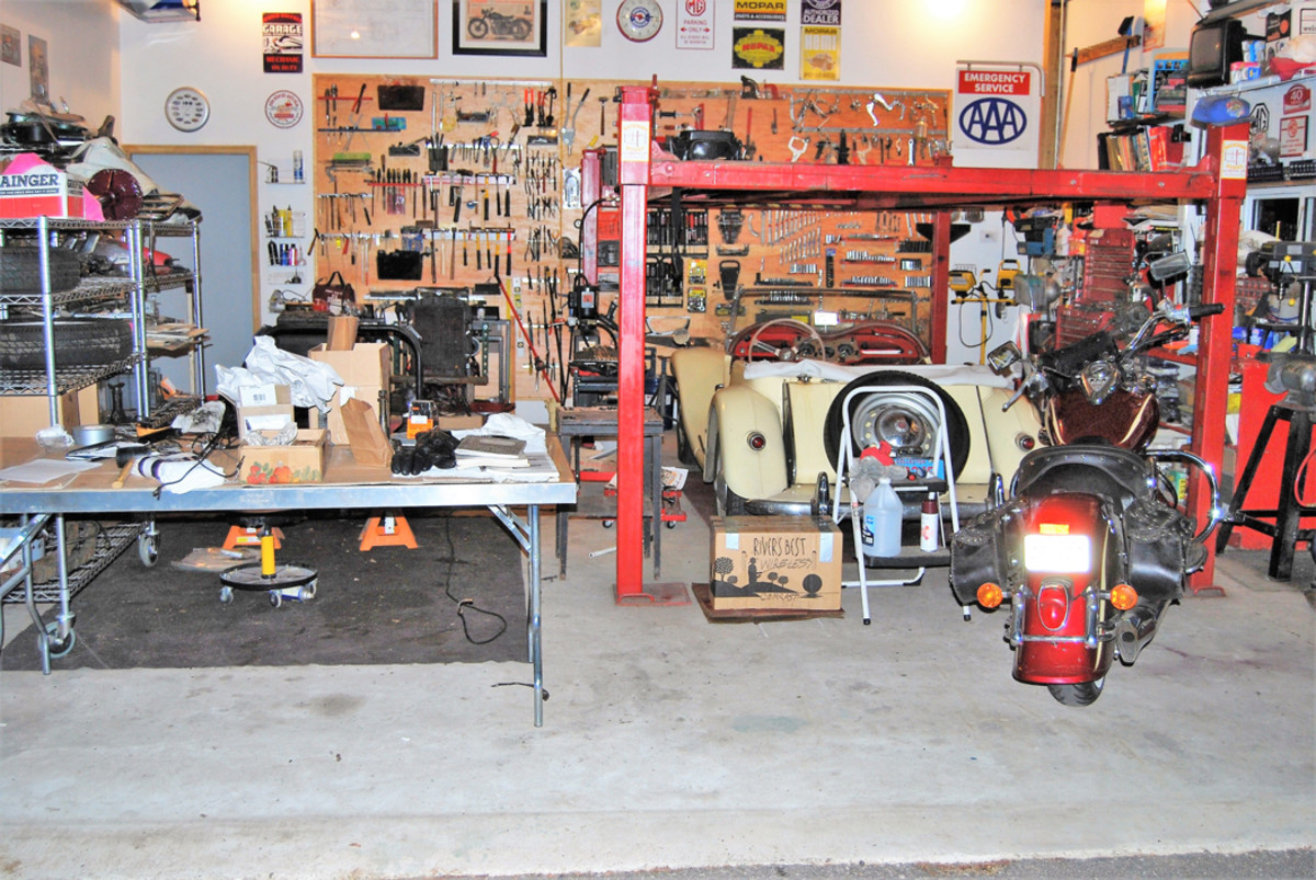 The shop looked like this in June of 2010 when it was starting to get cluttered.