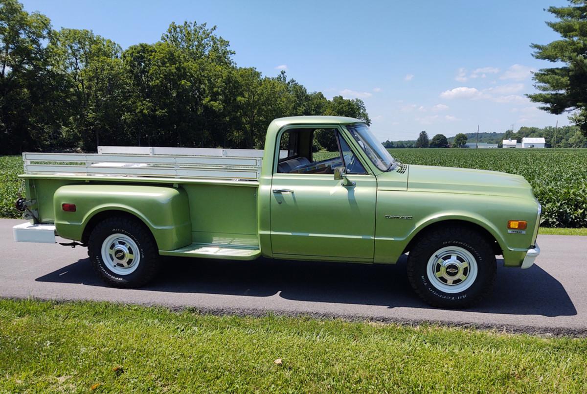 1971 Chevrolet C30 Stepside Pickup