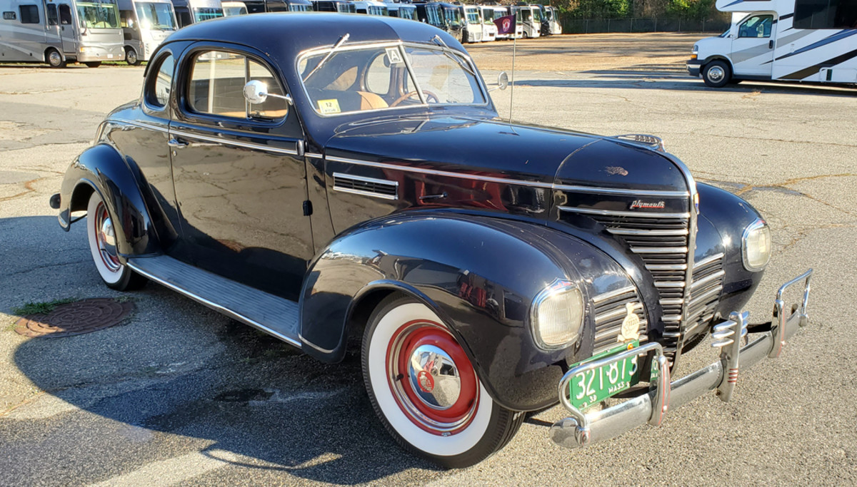 1939 Plymouth P8 coupe