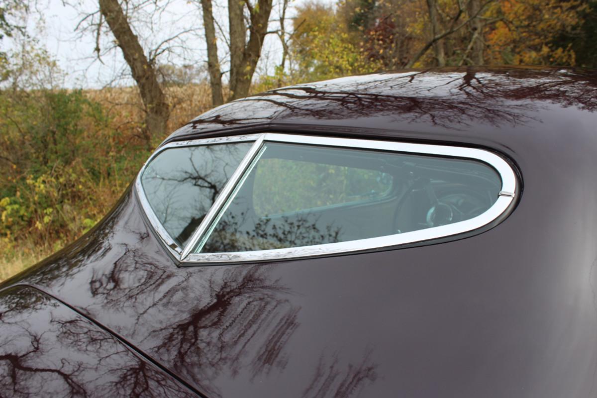 A closeup of the heart-shaped rear window
