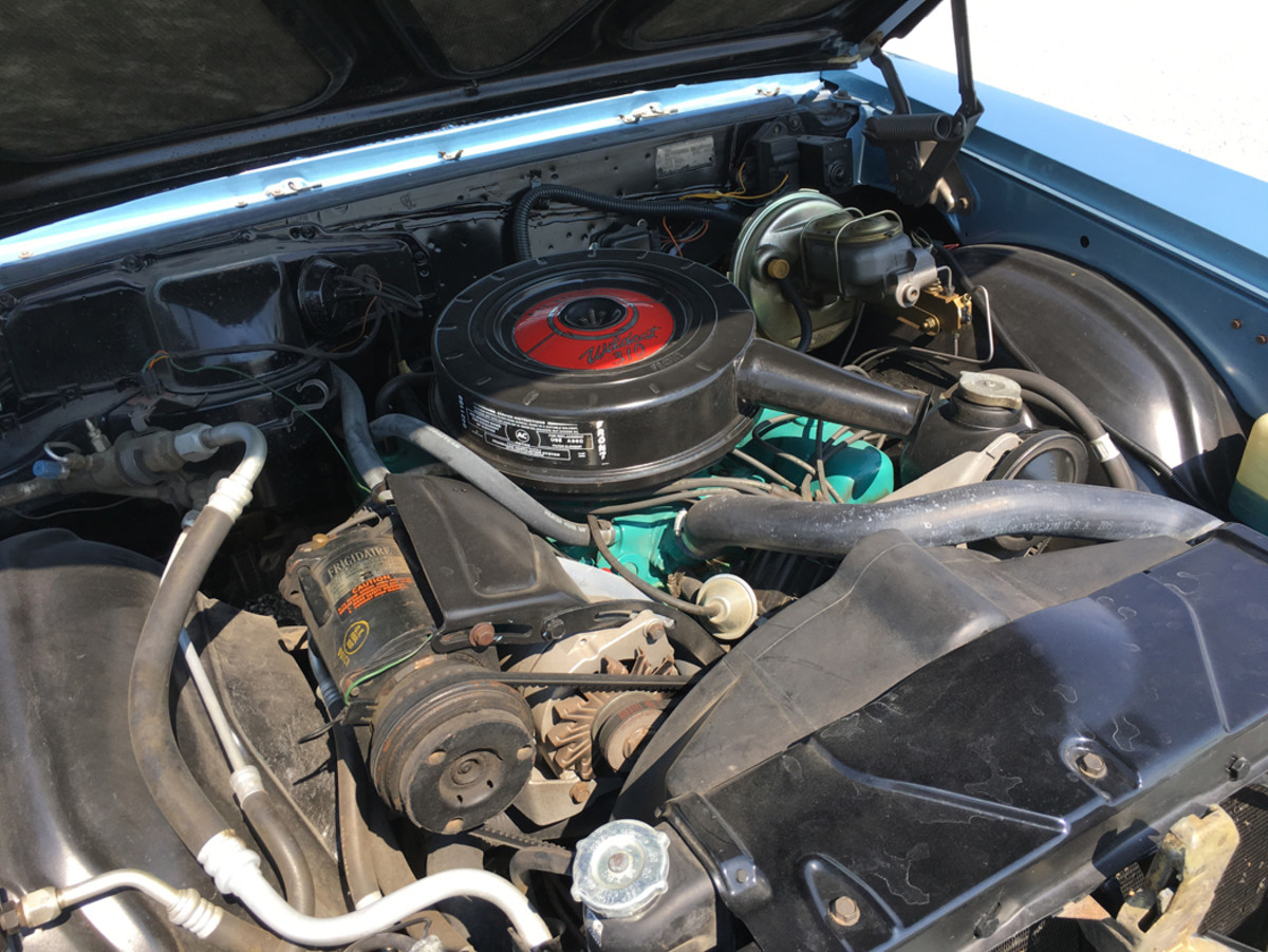 The Buick sports a 300-cid V-8 engine that produced 210 hp and 310 lbs.-ft. of torque.