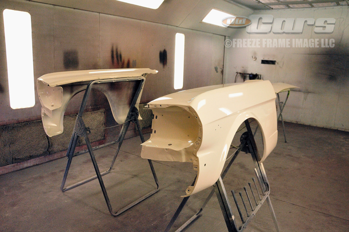 Per the factory method, the fenders, deck lid and lower valance panels were painted separately from the 003 body shell.